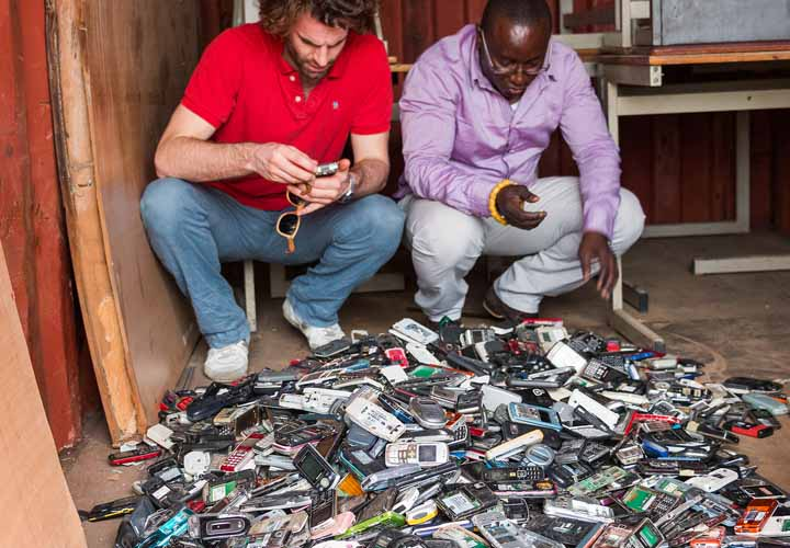 Recycle your phone with Fairphone